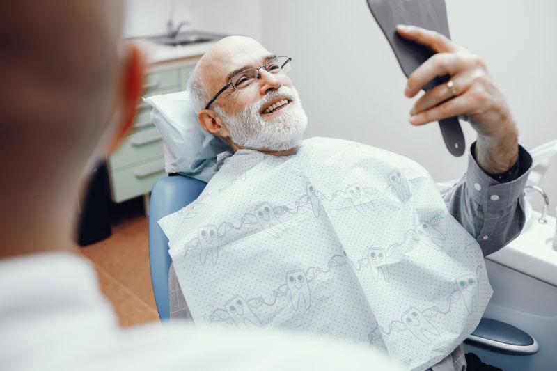 Best Dentist in Lexington with patient
